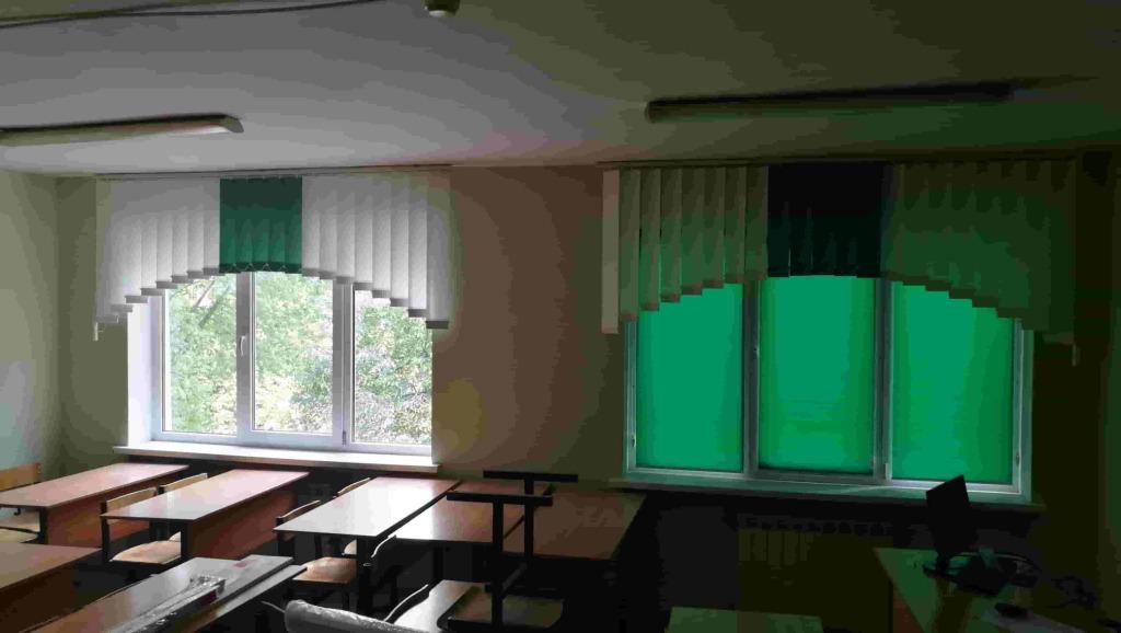 арочные вертикальные в школе 1